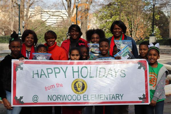 Norwood Elementary School Junior Beta Club Spread Holiday Cheer to Those in Need